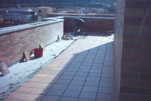 Hydroizolacja pomieszczeń o podwyższonej wilgotności (pod płytkami)